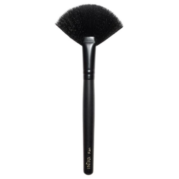 inika-vegan-fan-brush.jpg